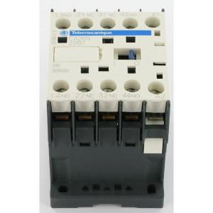Hulprelais CA TeSys model K, spoelspanning 230V AC | 2,2kW 6A