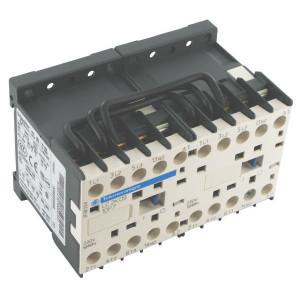 Schneider-Electric Omkeermagneetschakel. 6A 2,2kW - LP2K0601BD | 57 mm | 50 mm | 1,5 kW | 2,2 kW | 1 pcs verbreker | 6 A | 24V DC V