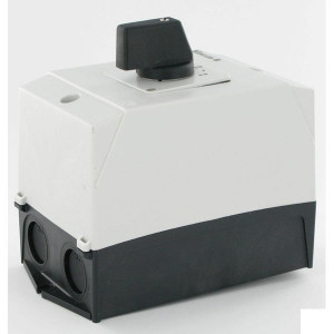 Eaton Omkeerschakelaar 3P 20A 6.5kW - T038228I1   Terugverend naar 0   Tip functie   3 NO   6,5 kW   Opbouw   IP65 IP