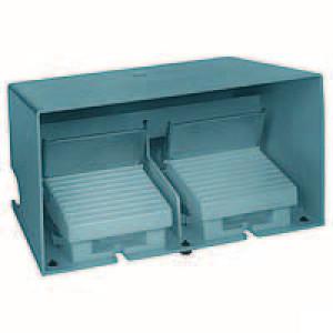 Schneider-Electric Pedaalschakelaar dubbel metaal - XPEM5100D | 2x PG16 | 0,27 A DC-13 220V | 15x10E6 schakelingen