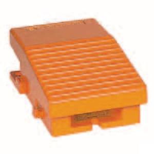 Schneider-Electric Pedaalschakelaar, metaal - XPER211 | 2x PG16 | 0,27 A DC-13 220V | 15x10E6 schakelingen